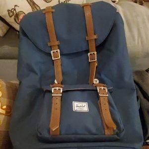Hershel Large Backpack